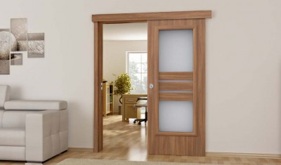 dvere s okienkom