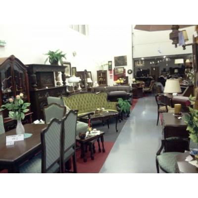 predajna starožitného nábytku
