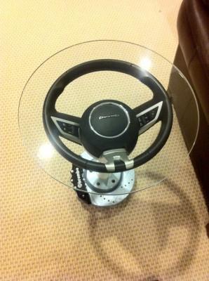 stolík z volantu