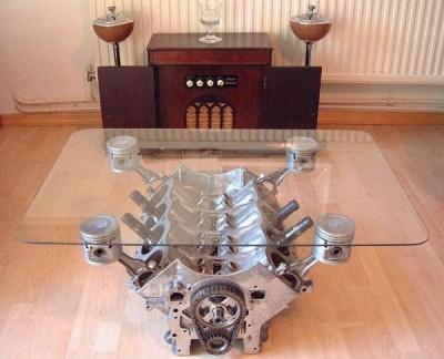 stolík z motora